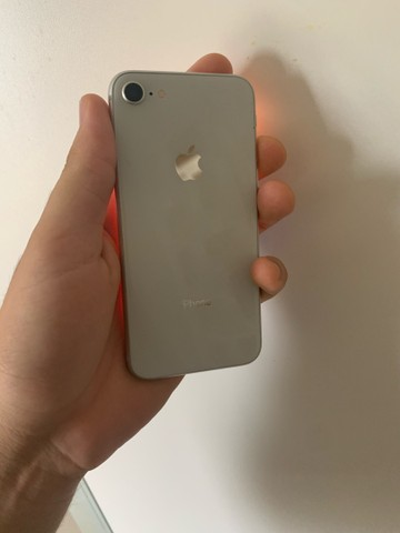 iPhone 8 64gb branco  - Foto 2