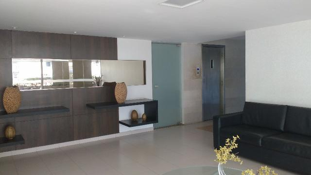 D059 Excelente Apartamento no Farol a Venda - Foto 5