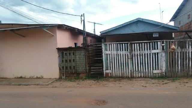 Vendo uma casa é 2 apartamentos na Rua Mauá bairro João Eduardo 2