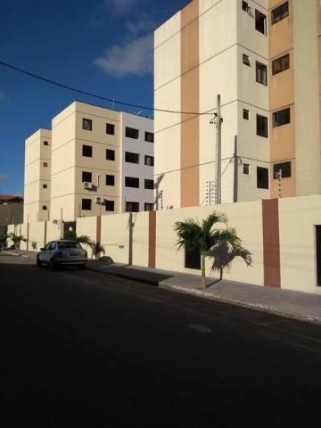 Apartamento com 2 dormitórios à venda, 66 m² por R$ 158.000 - Maraponga - Fortaleza/CE