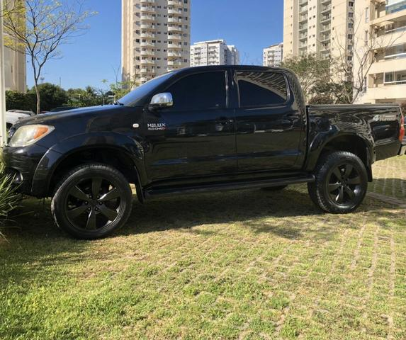 Toyota Hilux CD SRV D4-D 4x4 3.0 TDi AT 2008 - impecável!