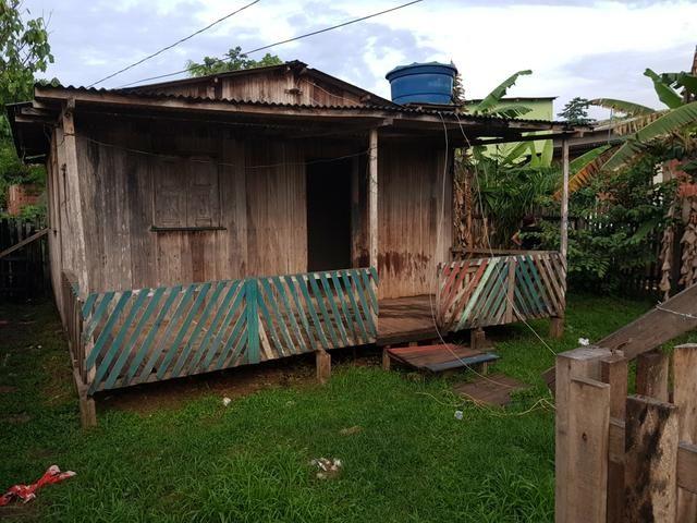 Vendo casa de Madeira placas - Foto 3