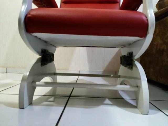 Cadeira de amamentação/descanso em ótimo estado - Foto 2