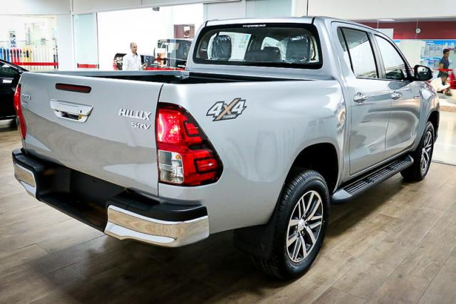 TOYOTA HILUX CD DSL 4X4 SRV AT 19/20 - Foto 5