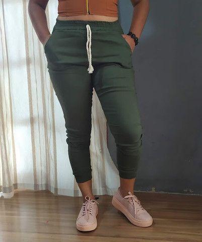 Calça Jogger Feminina Verde Militar