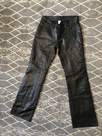Calça preta couro legítimo, 38 - Foto 2
