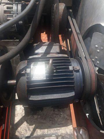 Baú frigorífico 7.50m motor a diesel - Foto 3