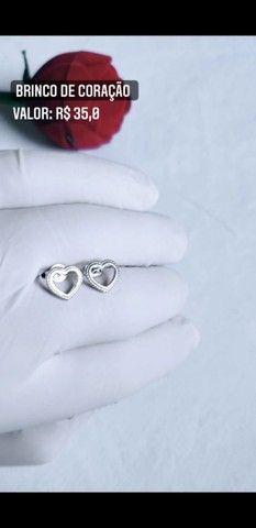 Brinco de coração vasado - Foto 2