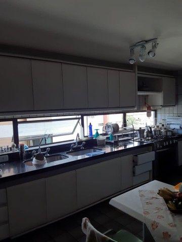 Apartamento na Avenida Beira Rio (Madalena), com 350m², 4 quartos (3 suítes) e 3 vagas de  - Foto 8