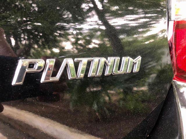 Toyota Etios Platinum automático $ 51.490,00 impecável - Foto 5