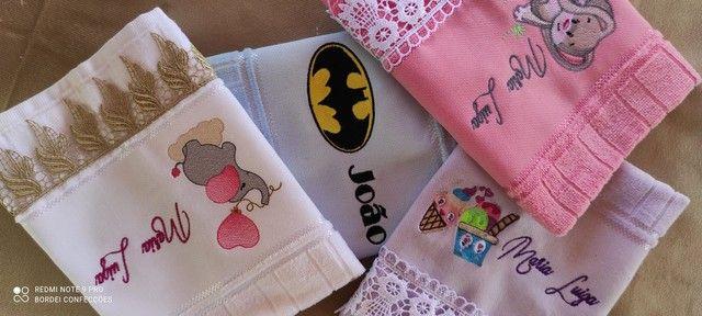 Kit toalha personalizada bordada - Foto 5