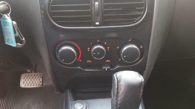 Fiat Palio Weekend Adventure 1.8 Dualogic - Foto 18
