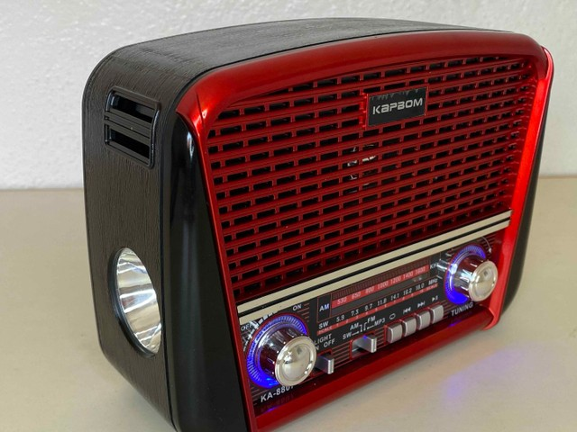 Rádio Retrô Portátil Ferrari Vintage C/ AM e <br>Fm - Foto 3