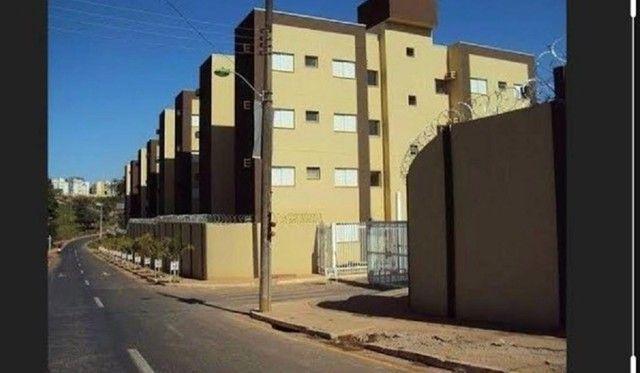 Condominio Vila Bella- Bairro Despraiado - Foto 2