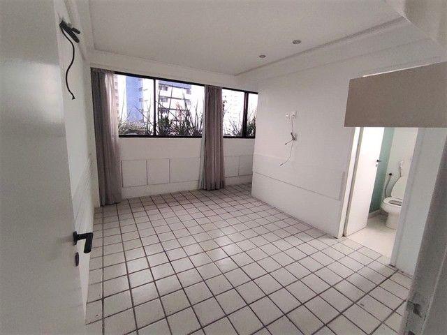 Apartamento no Parnamirim 4 com Quartos 3 Suítes e 222m² - Foto 13