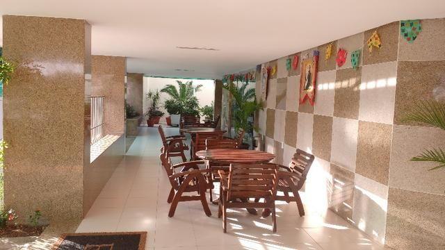D059 Excelente Apartamento no Farol a Venda - Foto 3