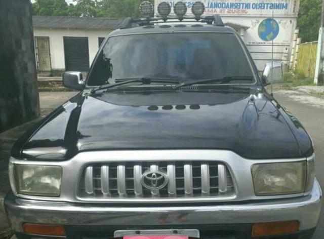 Toyota hilux 2002 4×2