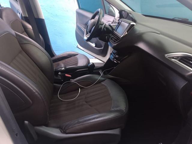 Peugeot 2008 ano 2017 1.6 completo com gnv injetado - Foto 6