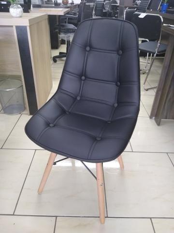 Cadeira aproximação Eifell nova - Foto 2