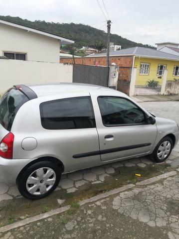 Carro Peugeot Clio - Foto 2