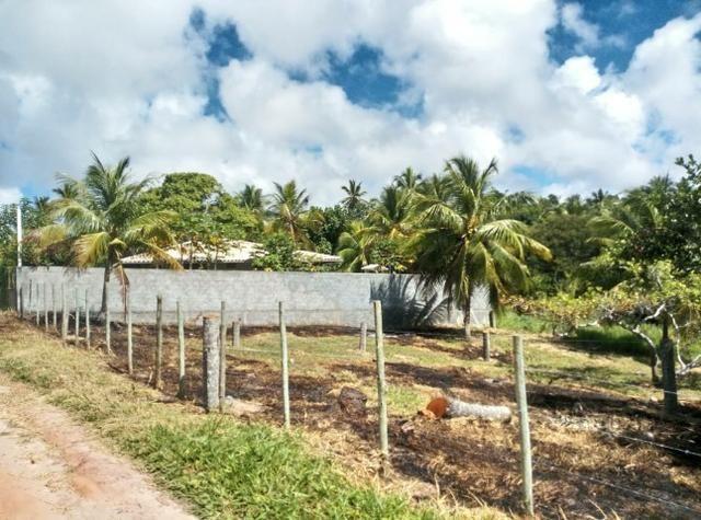 Oportunidade. Terreno 250m próximo linha verde, entre Praia do Forte e Imbassai - Foto 2