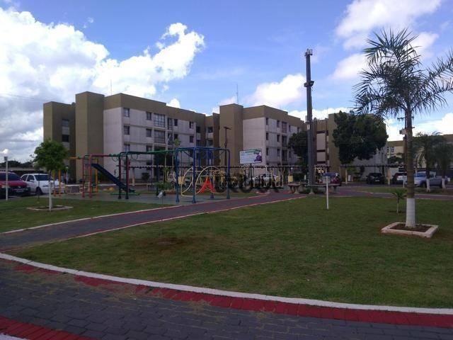 Apartamento Res. Castelo Branco II com 3 dormitórios à venda, 90 m² por R$ 185.000 - Cháca - Foto 2