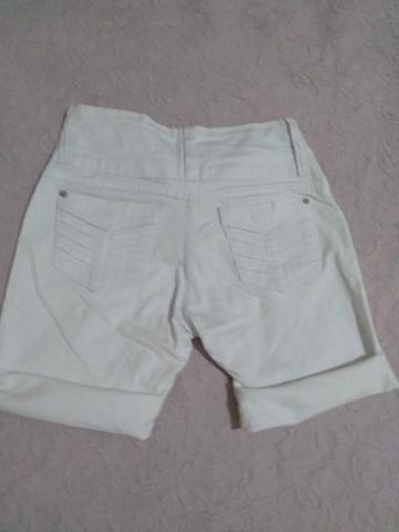Short branco jeans Tam 40 - Foto 2