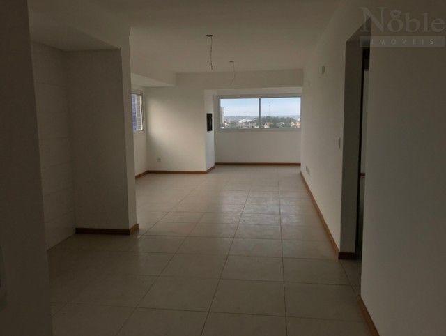 Apartamento de 3 dormitórios com suíte no Centro - Foto 2