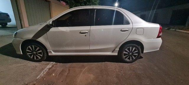 Etios Sedan 1.5 XLS -  2018/19 - Foto 3