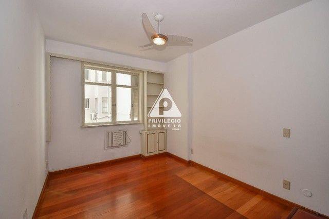 PRIVILÉGIO IMÓVEIS vende : Excelente apartamento na quadra da praia de Copacabana - Foto 12