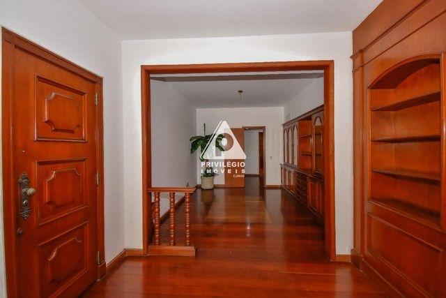 PRIVILÉGIO IMÓVEIS vende : Excelente apartamento na quadra da praia de Copacabana - Foto 6