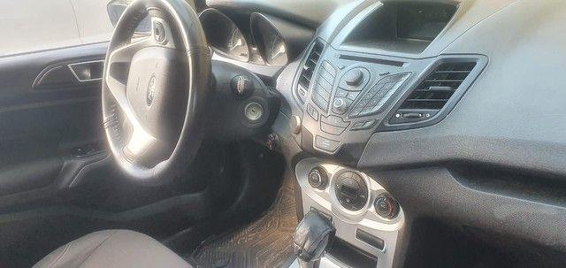 New Fiesta automático com kit gás - Foto 3