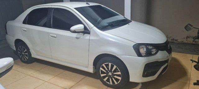 Etios Sedan 1.5 XLS -  2018/19 - Foto 2