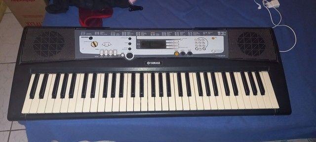 Teclado Yamaha 450R$