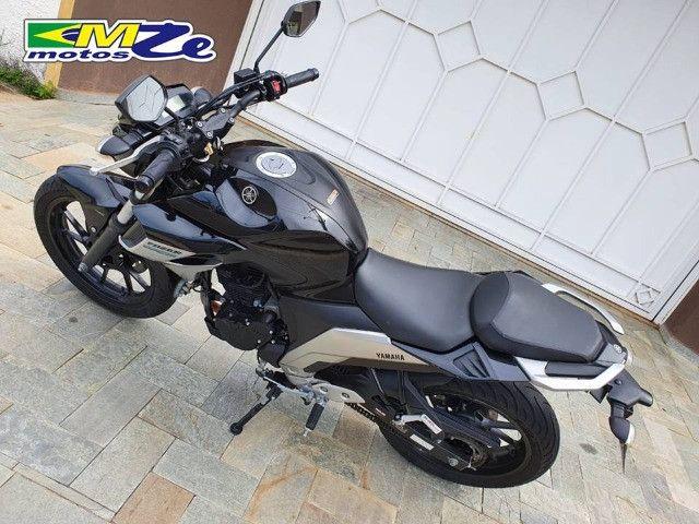 Yamaha FZ 25 Fazer 2020 Preta com 15.000 km - Foto 6