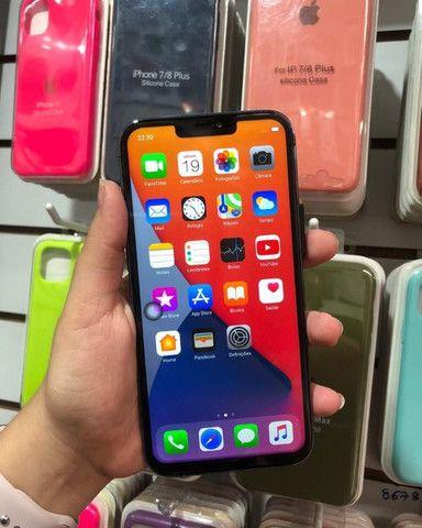 IPhone 11 pro Max 64gb 4.500 reais a vista - Foto 4