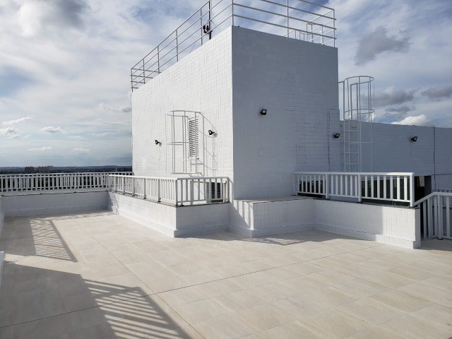 Apart  com 55m² com 2 quartos (1 suíte) em Imbiribeira - com armários - Foto 2