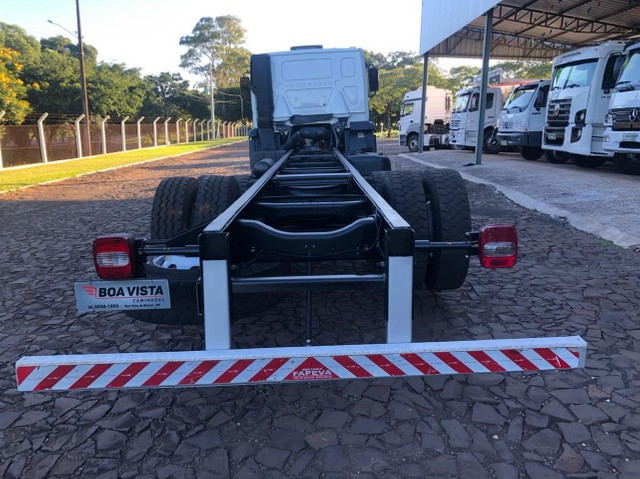 VW 24.280 Constellation 6X2 2015/2015 - Chassi - Foto 8