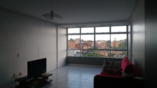D059 Excelente Apartamento no Farol a Venda - Foto 6