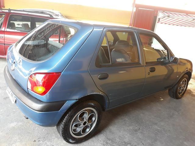 Fiesta 1.0 Zetec Ano 2000 Completo IPVA PAGO - Foto 3