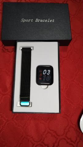 Smartwatch com pulseira de brinde - Foto 3