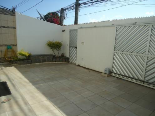 FZ00066 - Casa triplex com 04 quartos em Itapuã - Foto 2