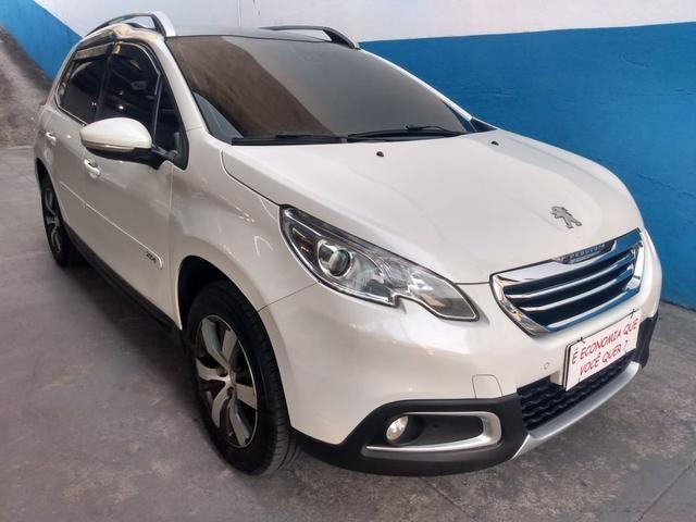 Peugeot 2008 ano 2017 1.6 completo com gnv injetado - Foto 2