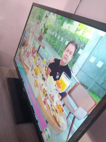 Televisão smart 42