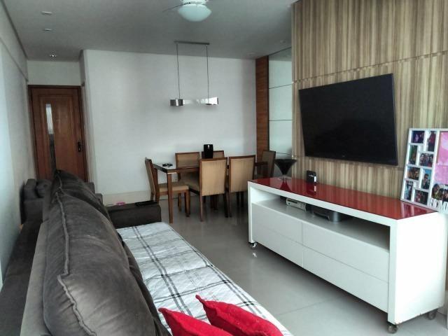 Vendo apartamento com três quartos com dependência no Stiep - Foto 2
