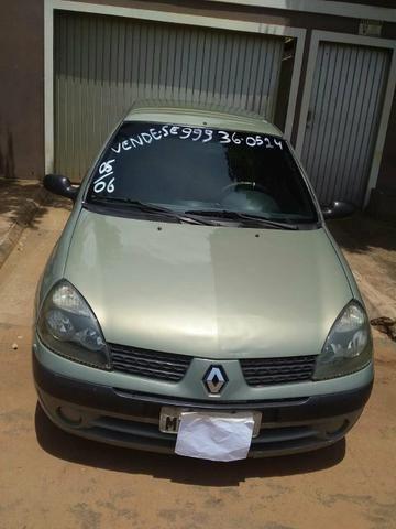 Renault clio flex 1.6 sedan 2006 5p 16v