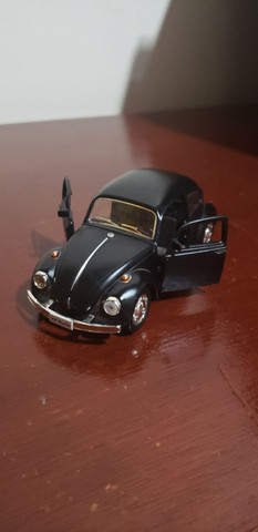 Miniatura de carro ( fusca preto fosco )