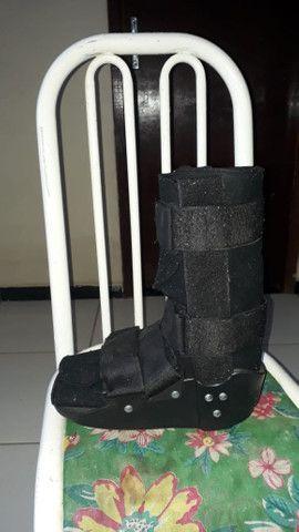 Vendo bota de imobilização membro inferior - Foto 2