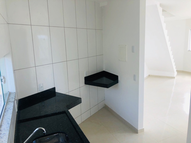 Linda casa com 2 suítes em Santa Mônica - Foto 5
