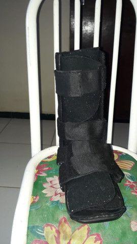 Vendo bota de imobilização membro inferior
